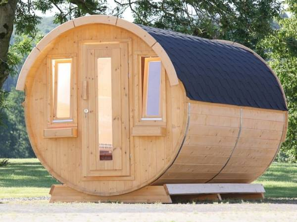 Wolff Finnhaus Campingfass 330, 2-Raum montiert mit schwarzen Dachschindeln